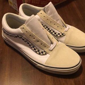 Old Skool Vans - Brand New Size 9.5